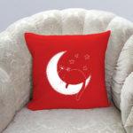 crveni jastučić cat and moon